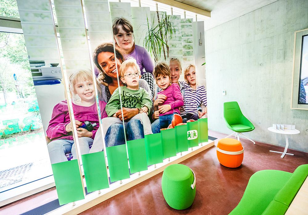 SOS-Kinderdorf Kinder Familie Helfer Integration