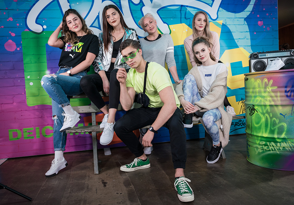 Puma X Deichmann Back to the 90s Sneaker Costumizing Graffiti Wall